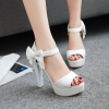 Preorder รองเท้าแฟชั่น สไตล์ เกาหลี 32-43 รหัส 9DA-6320