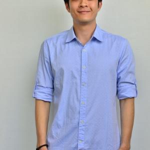 เสื้อเชิ้ตผู้ชายสีฟ้า