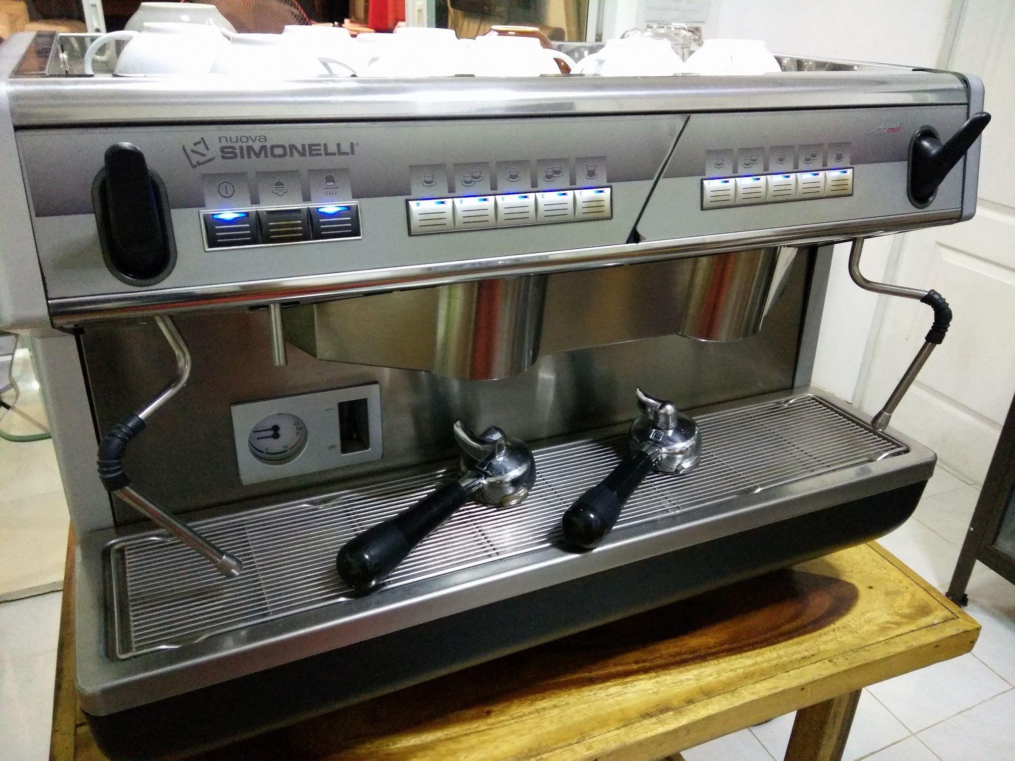 ขายเครื่องชงกาแฟ Nuova Simonelli Appia V2G ขนาดใหญ่ 2 หัวชง มือสอง (ขายแล้ว)