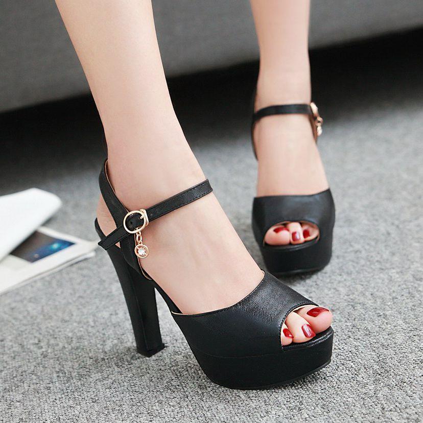 Preorder รองเท้าแฟชั่น 31-47 รหัส Y-9269