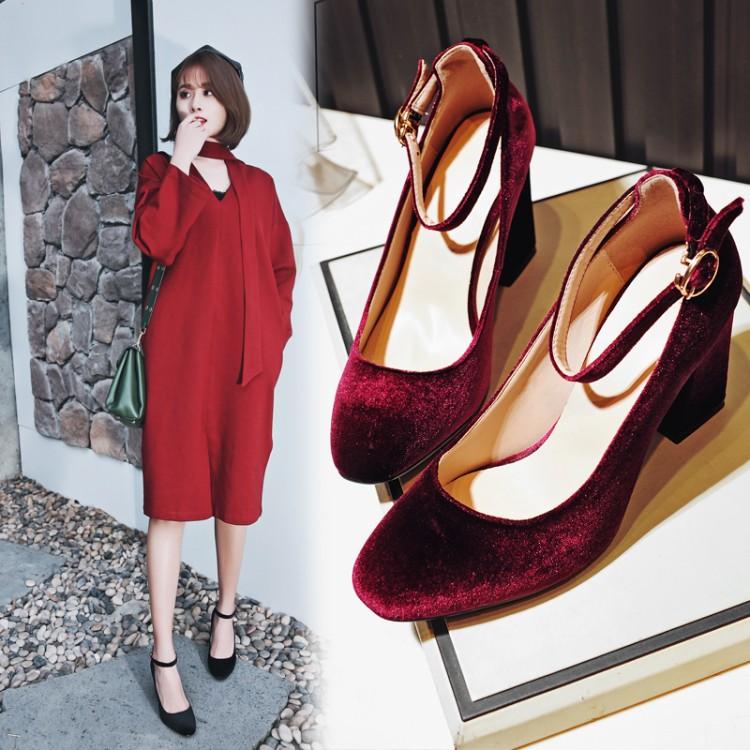 Preorder รองเท้าแฟชั่น สไตล์เกาหลี 33-43 รหัส 9DA-1682