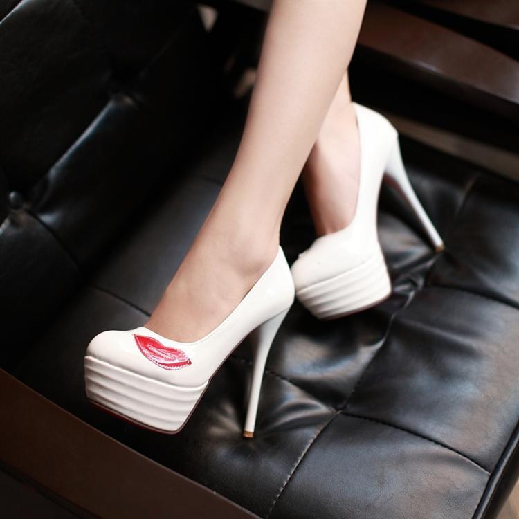 Preorder รองเท้าแฟชั่น สไตล์เกาหลี 32-43 รหัส 9DA-8465