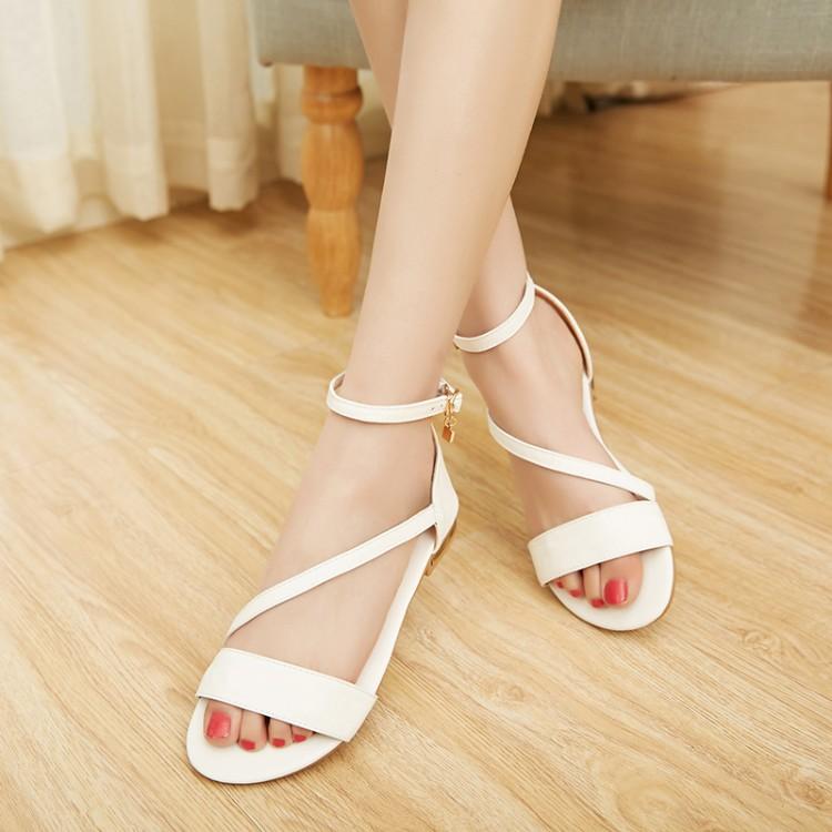 Preorder รองเท้าส้นเตี้ย 31-46 รหัส 9DA-2488