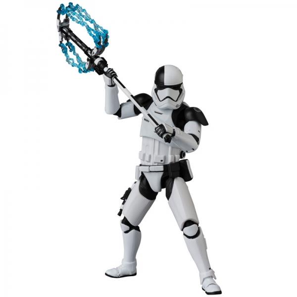 เปิดจอง MAFEX First Order Stormtrooper Executioner (มัดจำ 500 บาท)