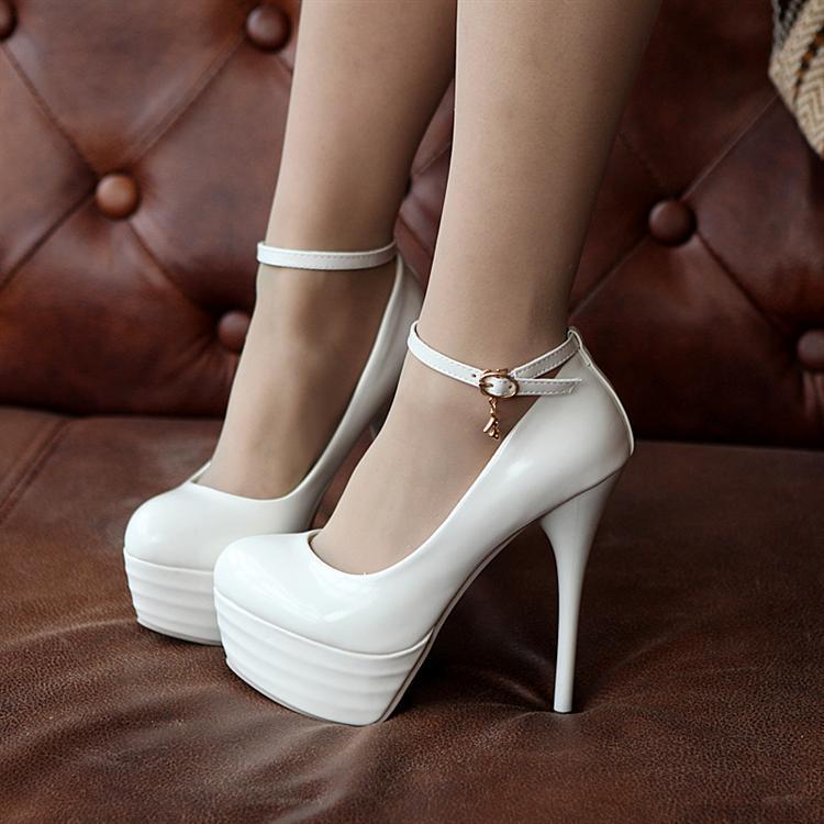 Preorder รองเท้าแฟชั่น สไตล์เกาหลี 32-43 รหัส 9DA-5005
