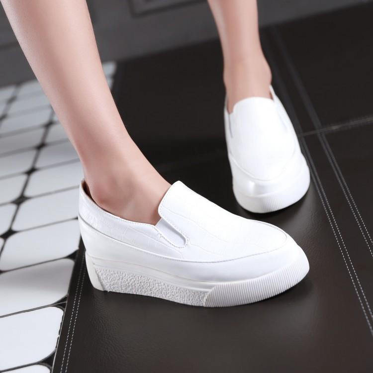 Preorder รองเท้าแฟชั่น สไตล์เกาหลี 33-43 รหัส 9DA-9399