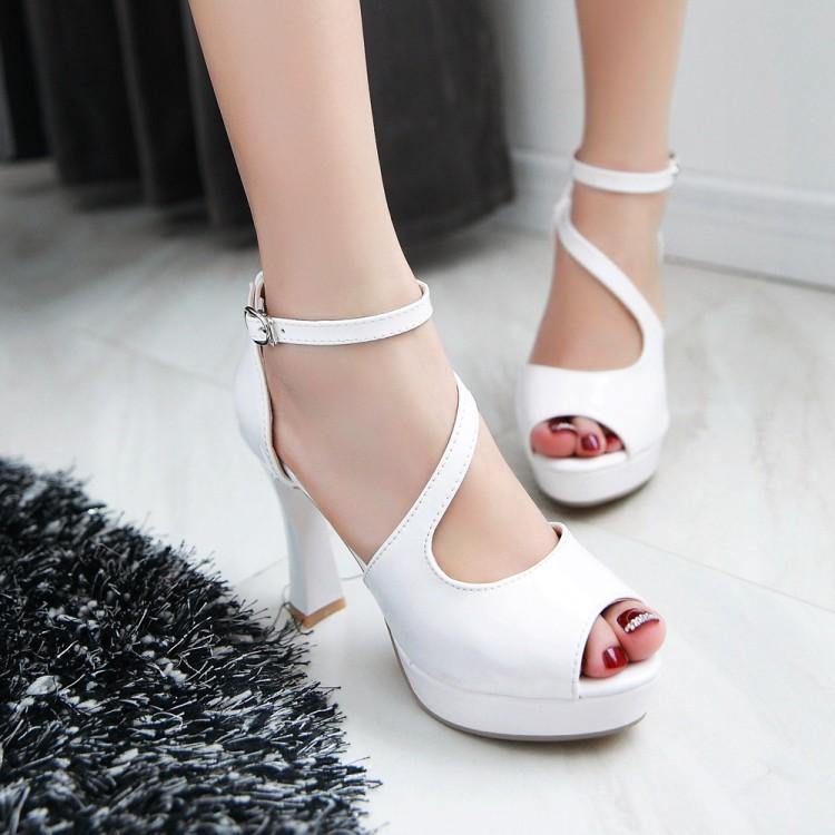 Preorder รองเท้าแฟชั่น สไตล์เกาหลี 33-43 รหัส 9DA-0711