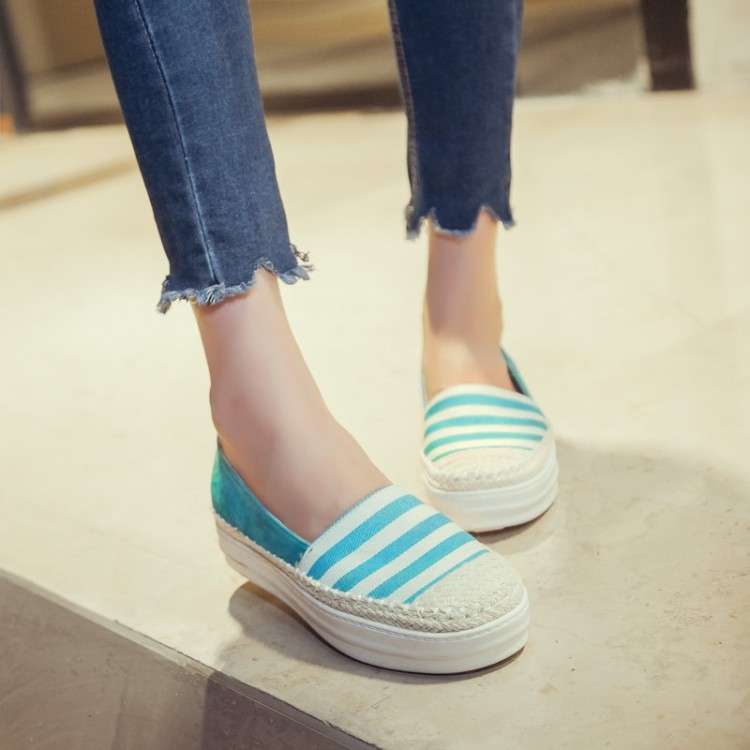 Preorder รองเท้าผ้าใบ 34-43 รหัส 55-6353