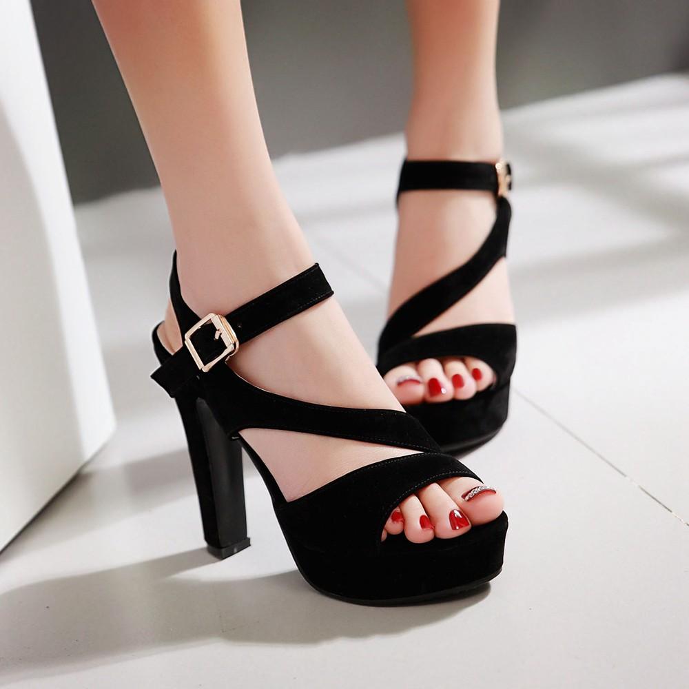 Preorder รองเท้าแฟชั่น สไตล์เกาหลี 32-43 รหัส 9DA-90638