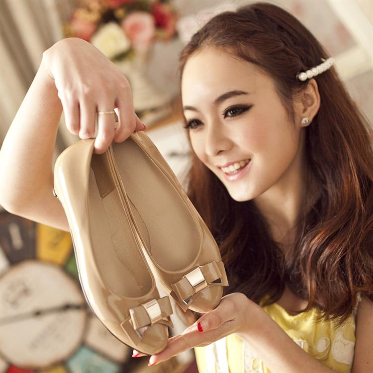 Preorder รองเท้าแฟชั่น สไตล์เกาหลี 31-43 รหัส 9DA-6863