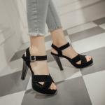 Preorder รองเท้าส้นสูง 34-45 รหัส 9DA-9984