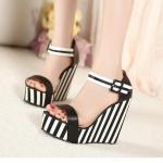 Preorder รองเท้าแฟชั่น สไตล์เกาหลี 30-43 รหัส MP-0828