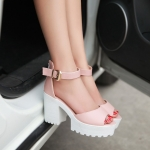 Preorder รองเท้าแฟชั่น สไตล์เกาหลี 34-43 รหัส 9DA-8583