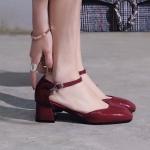 พรีอเดอร์ รองเท้าแฟชั่น 33-47 รหัส Y-1154