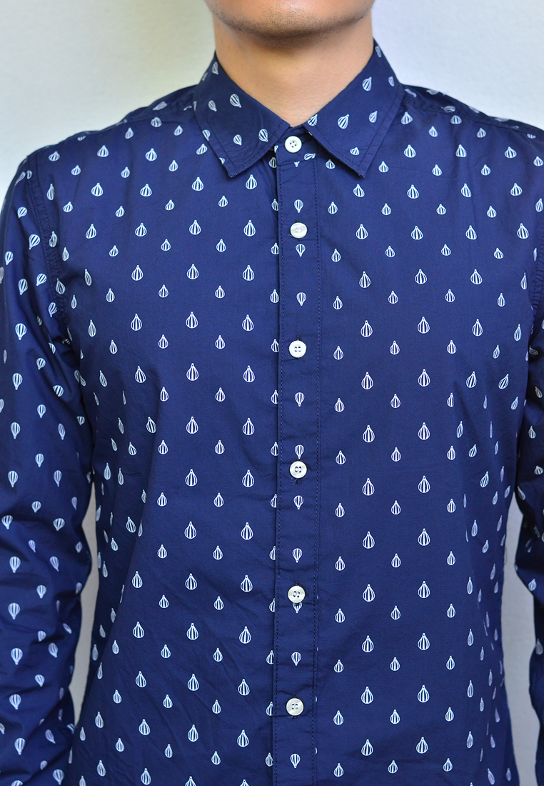 เสื้อเชิ้ตผู้ชายสีน้ำเงิน ลายบอลลูน