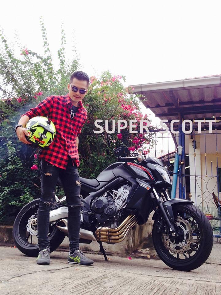 รีวิว เสื้อลายสก๊อต biker